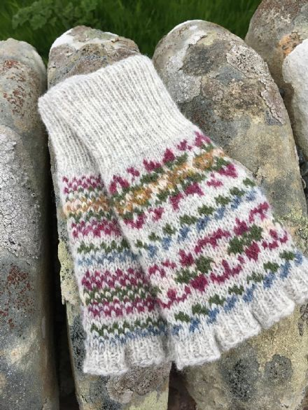 Seaweed Mitts - Wilma Malcolmson